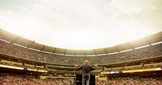 Greg-laurie-2006-angel-stadium